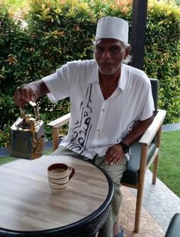 akbar-dan-secawan-teh